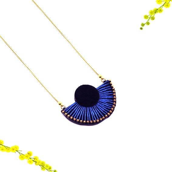 collier créateur Lyon art déco broderie cuir