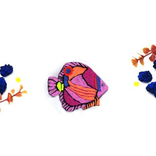 broche brodée poisson bijou créateur fait main lyon
